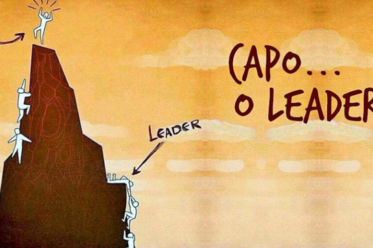 Due file di uomini stilizzati che salgono su una montagna: da una parte c'è il leader che aiuta i suoi compagni, dall'altra il capo che non lo fa.