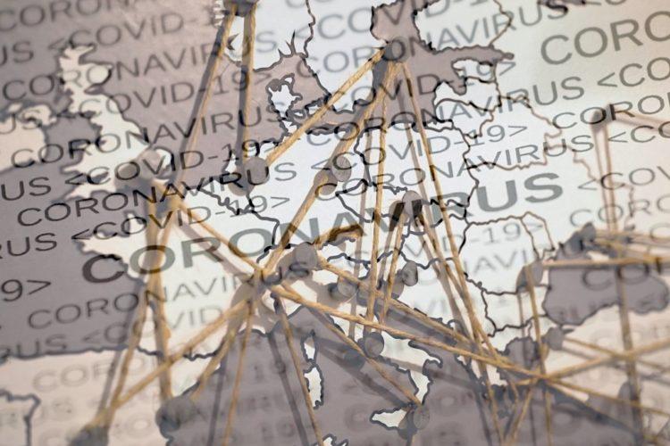 scritta coronavirus e cartina geografica